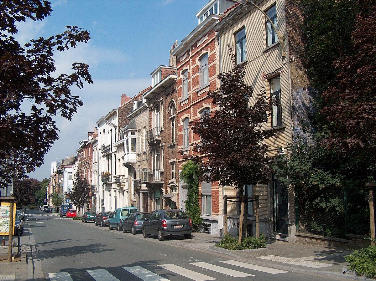 Foyer Grand Rue : Grande rue au bois — wikipédia