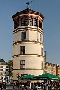 Schlossturm in Duesseldorf-Altstadt, von Nordwesten.jpg