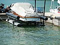 Schwimmdock Sportboot l.JPG
