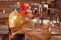 Sculpteur sur bois (Siem Reap, Cambodge) (6850150108).jpg