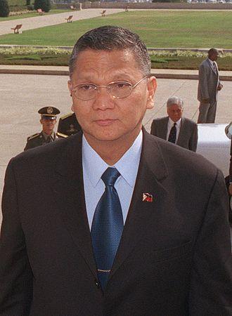 Angelo Reyes - Image: Secretary Angelo Reyes