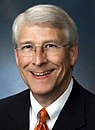 SenatorRogerWicker(R-MS) (cropped).jpg