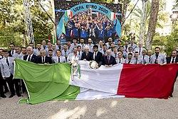 Sergio Mattarella meets Italy national football team and Matteo Berrettini (12 July 2021) 01.jpg