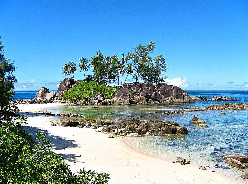 File:Seychelles - Anse l'Islette.jpg