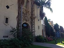 Side of house of charms 2013-10-20 15-09.jpg
