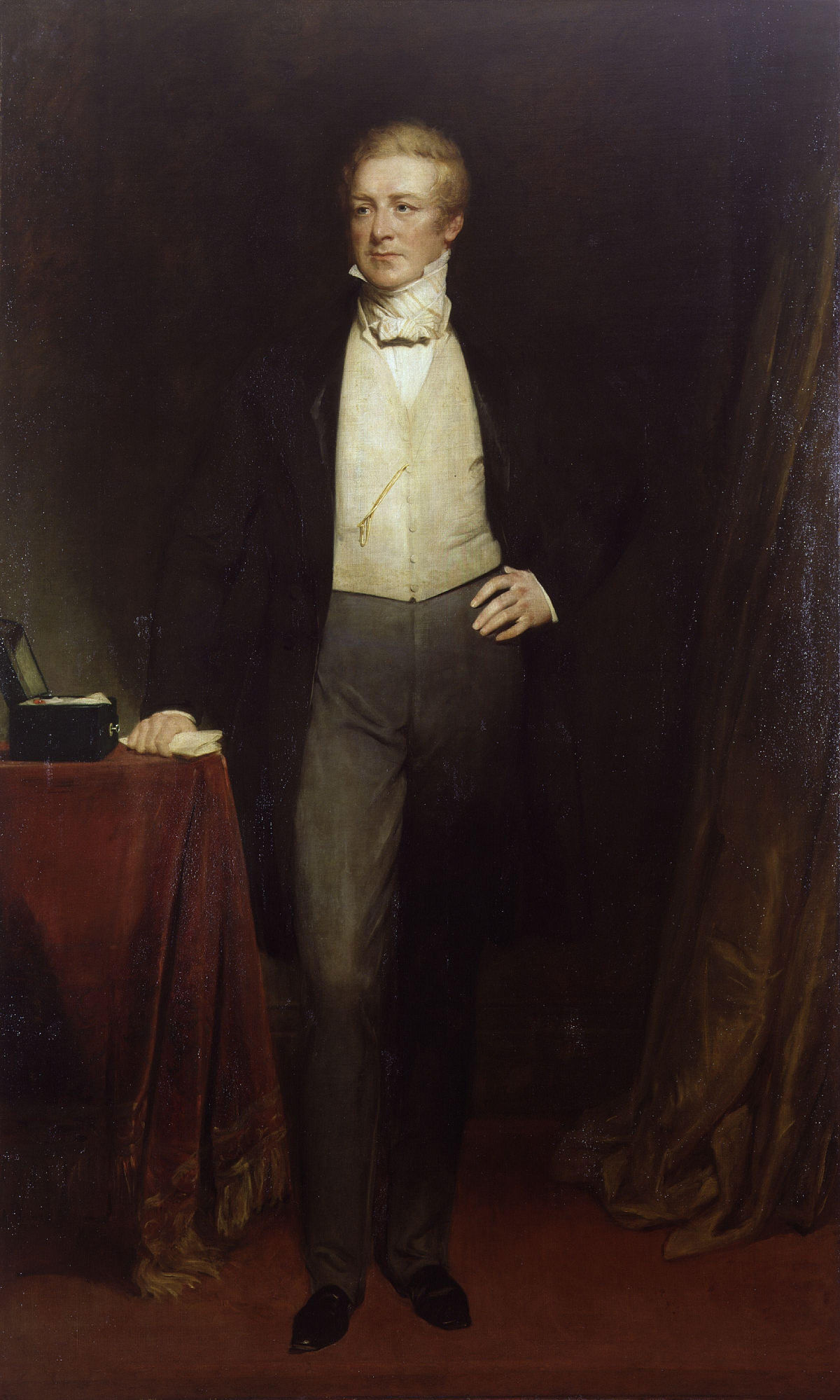 robbert peel Robert owen was born in newtown, montgomeryshire (wales) on may 14, 1771, the sixth of seven children his father was a sadler and ironmonger who also served as local postmaster his mother came from one of the prosperous farming families of newtown.
