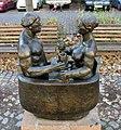 Skulptur Metzer Str 7 (Prenz) Paar in der Badewanne&Stephan Horota&1982.jpg