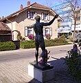 Skulptur in Limburgerhof 01.jpg