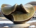 Skulpture John-Foster-Dulles-Allee 10 (Tierg) Large Butterfly Henry Moore 1986.jpg