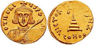 Tiberios III - Image: Solidus Tiberius III sb 1360.4