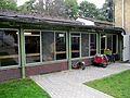 Spangenberg-Mosaikfenster Schule Weddestraße August 2016 1.jpg