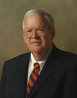 Speaker of the United States House of Representatives Dennis Hastert (cropped).jpg