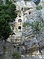 Split, vrch Marjan, poustevna ve skale z 11. stol..jpg