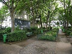 http://upload.wikimedia.org/wikipedia/commons/thumb/3/39/Square_Jehan-Rictus.JPG/240px-Square_Jehan-Rictus.JPG