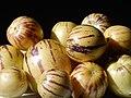 Starr-140402-0153-Solanum muricatum-fruit-Hawea Pl Olinda-Maui (25123301232).jpg