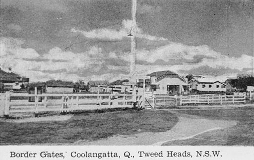 StateLibQld 1 296123 Border Gates between Coolangatta and Tweed Heads, 1943