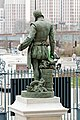 Statue de bronze de Bernard Palissy sculptée par Louis-Ernest Barrias 31.jpg