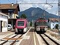 Stazione di Cles incrocio ETi 402 ET 16 20100811.jpg