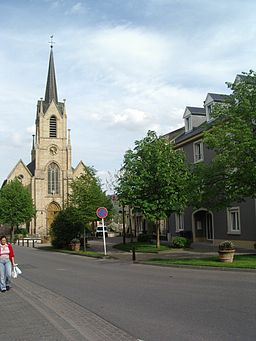 Steinsel church.jpg