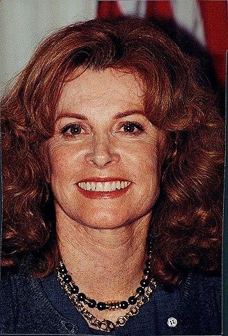 Stefanie Powers - Powers in 1998
