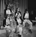 Steve Harley & Cockney Rebel - TopPop 1974 9.png