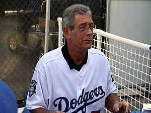 Steve Yeager - Steve Yeager signing autographs before the 2008 NLCS Game 3.