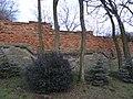 Studeněves - ohradní zeď hospodářského dvora čp. 1.jpg