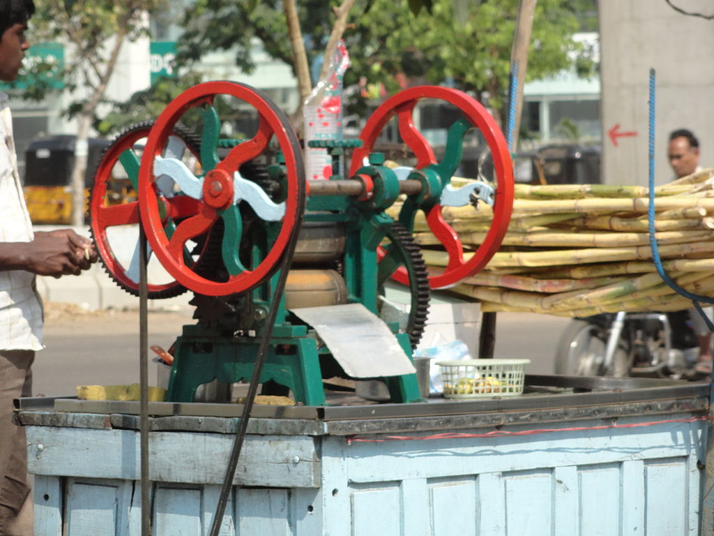 File Sugarcane Juice Extractor Jpg Wikimedia Commons