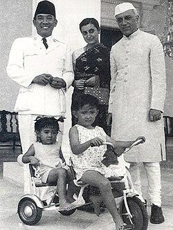 subbulakshmi and nehru relationship with gandhi