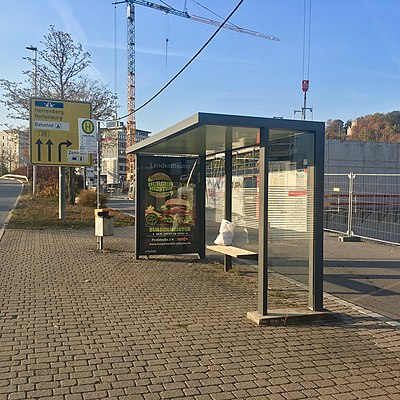 Tübingen-Landestheater-Bushaltestelle-1.jpg