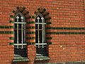Tczew. Obróncow Westerplatte, dvě okénka budovy pošty.JPG