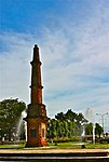 The Tobacco Monument, Laoag.jpg