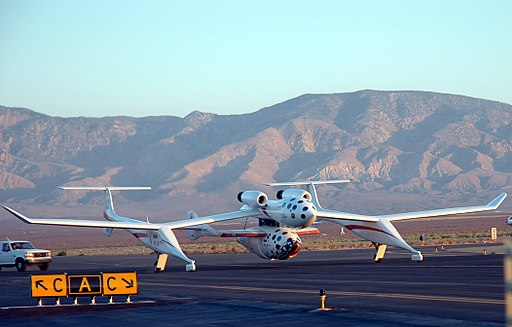 The White Knight and SpaceShipOne flight 17P photo D Ramey Logan