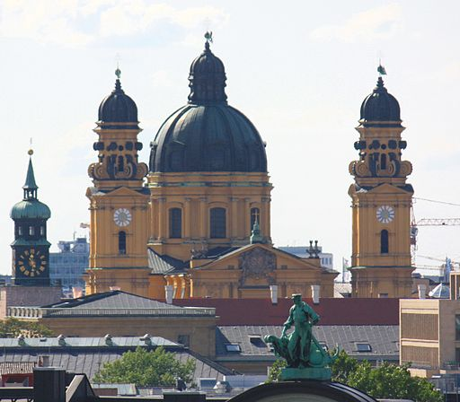 Theatinerkirche3451 02