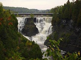 Kakabeka Falls - Image: Thefalls
