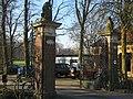 Toegangshek buitenplaats Gravesteijn, Dordrecht.JPG