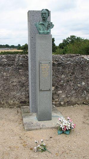 Gaston Chérau - Gaston Chérau's grave at Prissac (Indre)