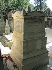 Tombe de Pierre-Louis Roederer.jpg