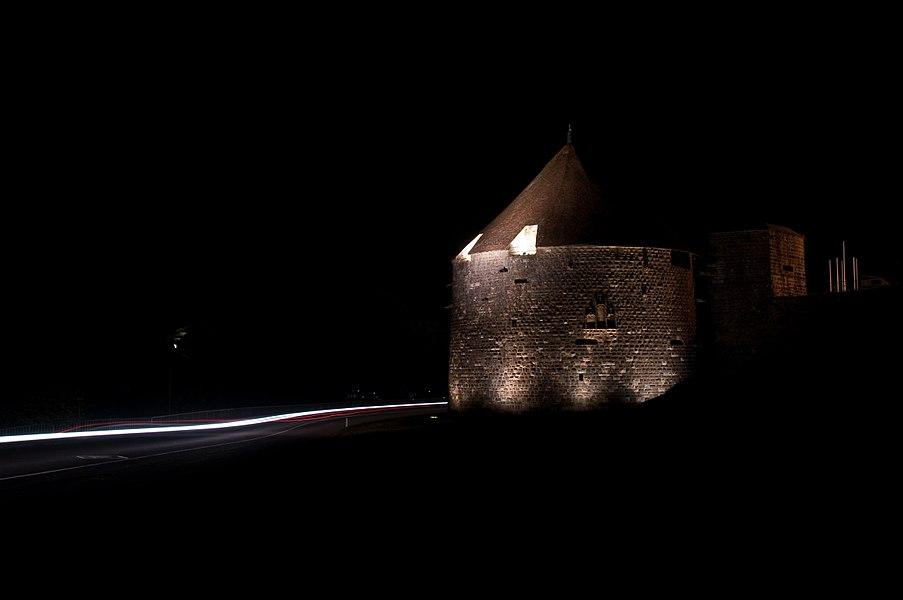 Tour de Navarre de nuit