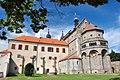 Trebic, Schloss und Basilika St. Prokop (38001540464).jpg
