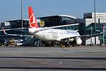 Turkish Airlines, TC-JSF, Airbus A321-231 (16455411422) (2).jpg