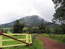 Turrialba Volcano cone Sept 2005 .jpg