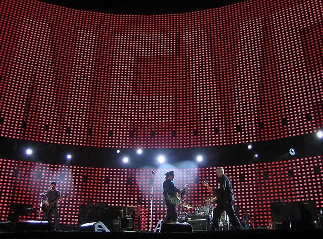 U2 brussels fly 2005-10-06
