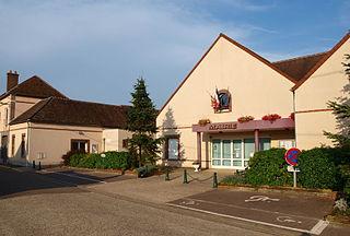 Véron Commune in Bourgogne-Franche-Comté, France