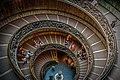 Vatican museum (15205908005).jpg