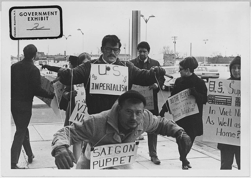 Vietnam War protesters. 1967. Wichita, Kans - NARA - 283625