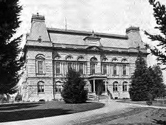 Villard Hall - Image: Villard Hall Oregon 1920