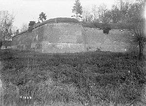Capture of Le Quesnoy (1918) - Image: Walls of Le Quesnoy, 1918