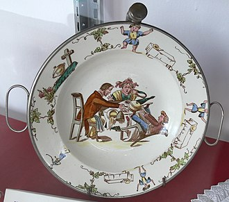 Struwwelpeter - Struwwelpeter Soup rim bowl featuring the story of fidgety Phillip and on the edge the story of the Soup-Kaspar