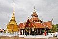 Wat Pong Sanuk (29930678066).jpg